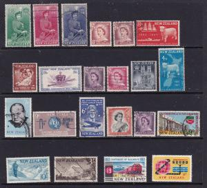 New Zealand a small lot of better items early pre decimal QEII