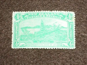 1906 NEW ZEALAND Stamps KEVII SG370 EMERALD GREEN 1/2d MINT HINGED MH CV £40