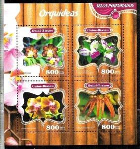 #8497 GUINEA-BISSAU 2014  FLORA  FLOWERS ODORIZED  MINISHEET YV 5369-72 MNH