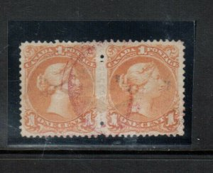 Canada #23 Very Fine Used Pair