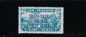 NEW ZEALAND SCOTT #C5 1934 TRANS-TASMAN OVERPRINT - MINT NEVER HINGED