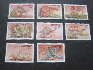 Lesotho 1992 Sc 907-14 dinosaur set MNH