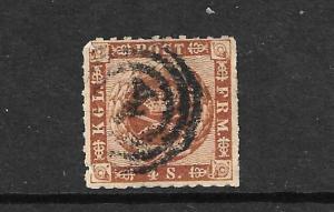 DENMARK 1858  4sk BROWN  FU ROULETTE 9 1/2  SG 17c