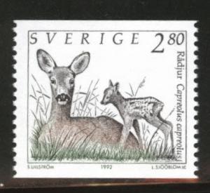 SWEDEN Scott 1927 MNH** 1992 Deer coil