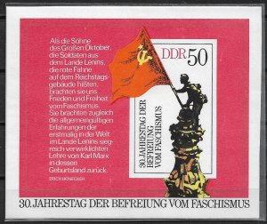 1975 DDR 1643 30th Anniversary of Liberation from Fascism MNH S/S