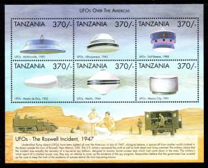 TANZANIA 1825 MNH S/S SCV $7.75 BIN $4.75 UFOs THE ROSWELL INCIDENT