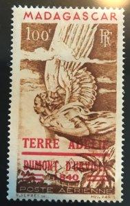 Madagascar C54 100fr Terre Adelie Claim/D'urville Allegory/Angel MLH 194...