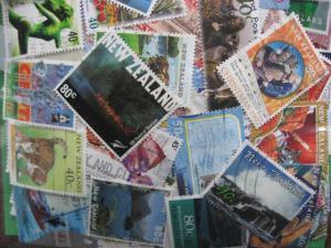 NEW ZEALAND mixture of 2,000 76% commems PLZ Read Descr