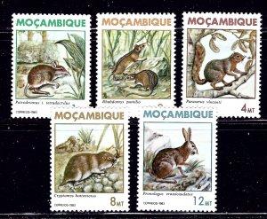 Mozambique 872-77 MNH 1983 Animals    (ap1679)