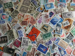 Russia about 1000 interesting all ages mixture (duplicates, mixed condition)