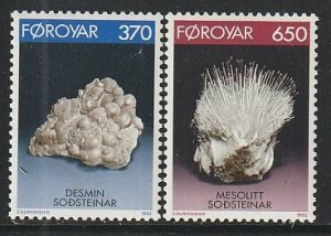 1992 Faroe Islands - Sc 241-2 - MNH VF - 2 single - Minerals