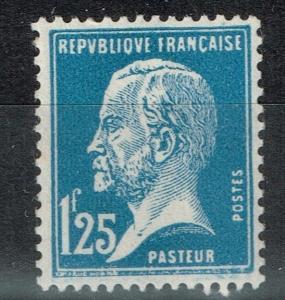 France SC# 195, Mint Hinged, Minor Gum Toning.     Lot 02052015