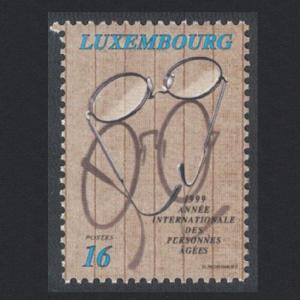 Luxembourg International Year of the Elderly 1v SG#1497