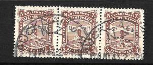 NEW ZEALAND 1905-47  3d     GOVT  LIFE  FU  STRIP 3  P14  SG L35  CP  X11b