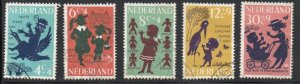 Netherlands Sc B383-87 1963 Child Welfare stamp set used