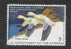 RW44 MNH, Federal Duck Stamp, scv: $15, FREE INSURED SHIPPING