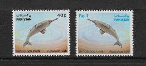FISH - PAKISTAN #568-9   DOLPHIN  MNH