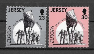 Jersey MNH 698-9 Peace & Freedom 1995