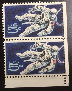 US #1331 MNHOG PAIR Gemini Astronaut in Space 5c NASA