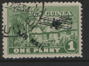 NEW GUINEA   C2  USED