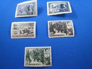 RUSSIA 1942  -  SCOTT # 860, 861//866     MNH