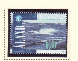 Aland Sc  146 1998  Year of Oceans stamp mint NH