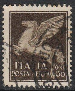 Stamp Italy SC C013 1930 Airmail Aerea Wings Pegasus Spirit Flight Arrows Used