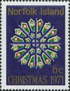 Norfolk Island 1971 SG125 6c Christmas stained-glass window MNH