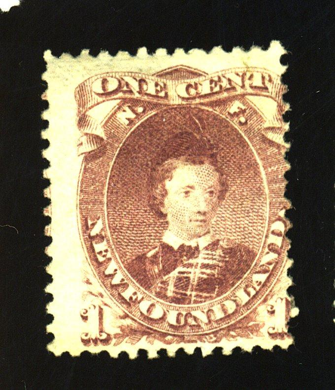 Newfoundland #32A MINT Ave-Fine OG HR Cat$115