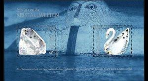 2004    AUSTRIA  -  CRYSTAL WORLDS - 6 SWAROVSKI CRYSTALS - SWAN - MS 2730 UMM