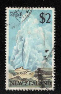 New Zealand Scott 404 Used Pohutu Geyser stamp CV$15