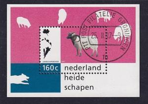 Netherlands  # 958 cancelled 1997  sheet nature  sheep 160c