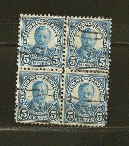 USA 557 Roosevelt Block of 4 Used