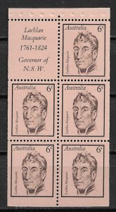 1970 Australia 455a Lachlan Macquarie MNH booklet pane of 5 with label