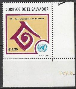 El Salvador  1363   MNH  UN Year of the Family
