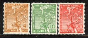Berlin # 9N81-3, Mint Hinge Remain. CV $ 10.85