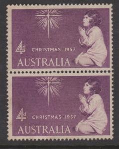 Australia 1957 Christmas Sc#307 Pair MNG