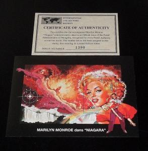 1995, MONGOLIA, MARILYN MONROE, LIMITED EDITION, 300 SOUVENIR SHEET, W/COA