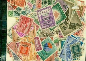 Pakistan Stamp Packet of 200 All Different Fine Used Stamps