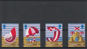 Jersey MNH 124-7 Tourism Beach Scenes 1975