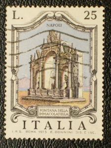 Italy #1129 used