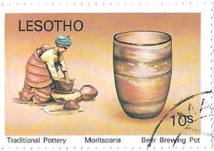 LESOTHO TRADITIONIAL POTTERY BEER BREWING POT