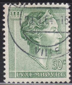 Luxembourg 365 Hinged 1960 Grand Dutchess Charlotte