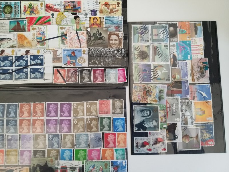 Lot United Kingdom 110 stamps