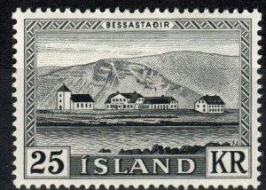 Iceland  #305 MNH CV $25.00  (X6997)