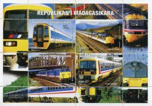 Madagascar MNH M/S 1999 Trains Class 158 and 037 [170673]