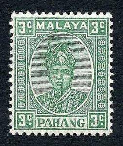 Pahang SG31 3c Green ordinary paper M/M (corner crease) Cat 65 pounds