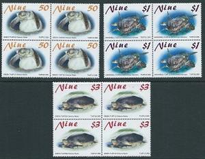 NIUE 2001 TURTLES set in blocks of 4 MNH..................................62430B