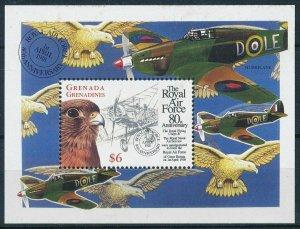 [108803] Grenada Grenadines 1998 Royal Air Force bird Falcon Sheet MNH