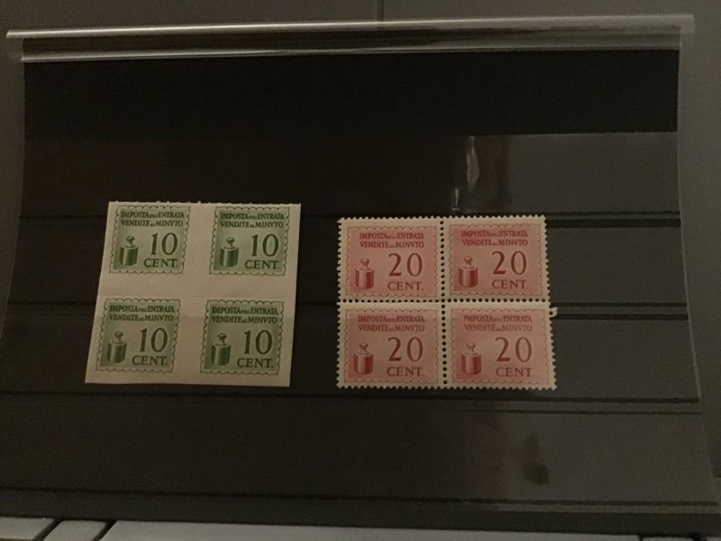 Italy Tax stamps  R22804